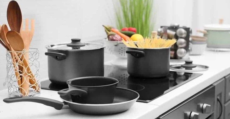 Anolon Vs Calphalon Cookware